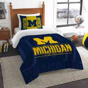 1COL862000021RET: NW NCAA Twin Comforter Set, Michigan